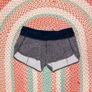 Patterned Lulu Shorts 2.5 inch